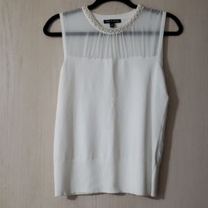 Cable & Gauge sleeveless white sweater